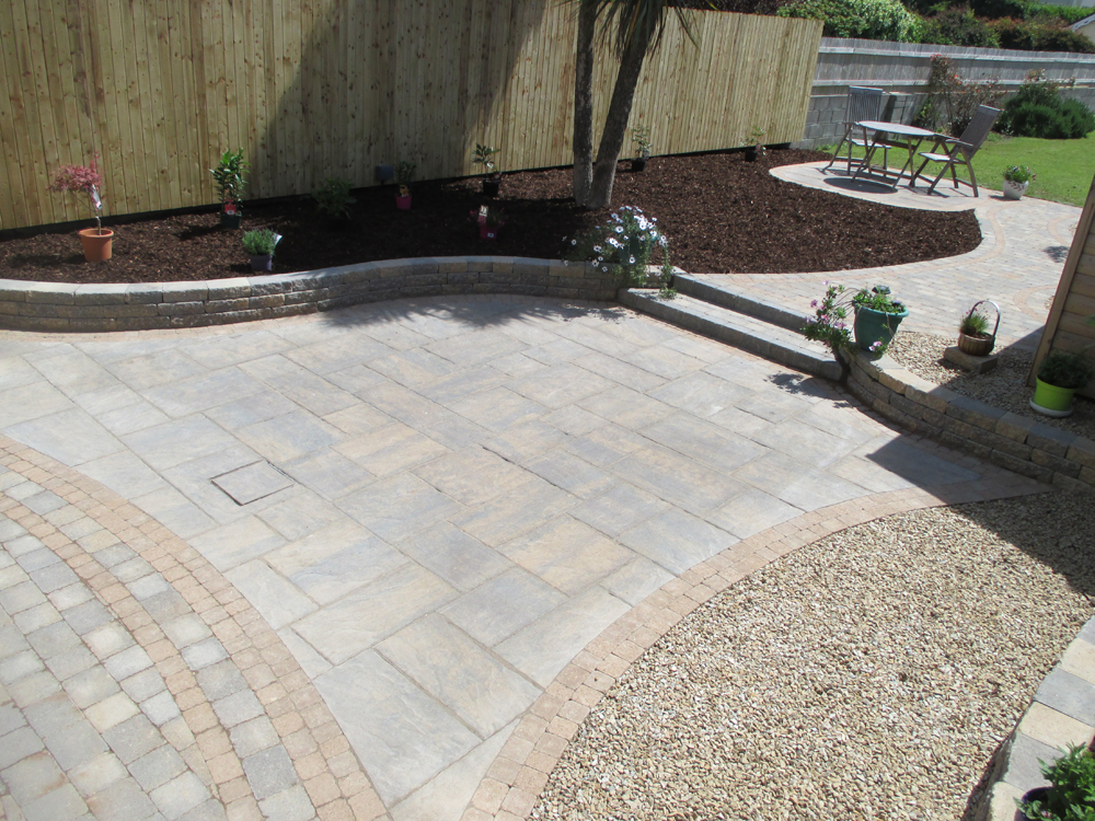 The Historic Flag Range Provides The Look And Feel Of Traditional Natural  Stone With Similar Hard Wearing Characteristics. The Fettled Edges And  Riven Face ...
